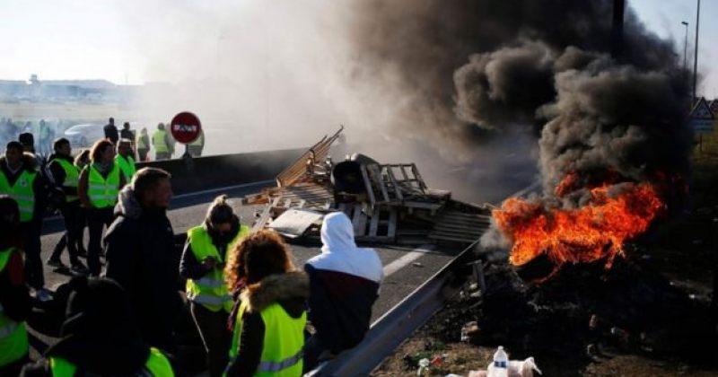 """საფრანგეთში, """"ყვითელი ჟილეტების"""" აქციებზე 400-ზე მეტი ადამიანი დაშავდა"""