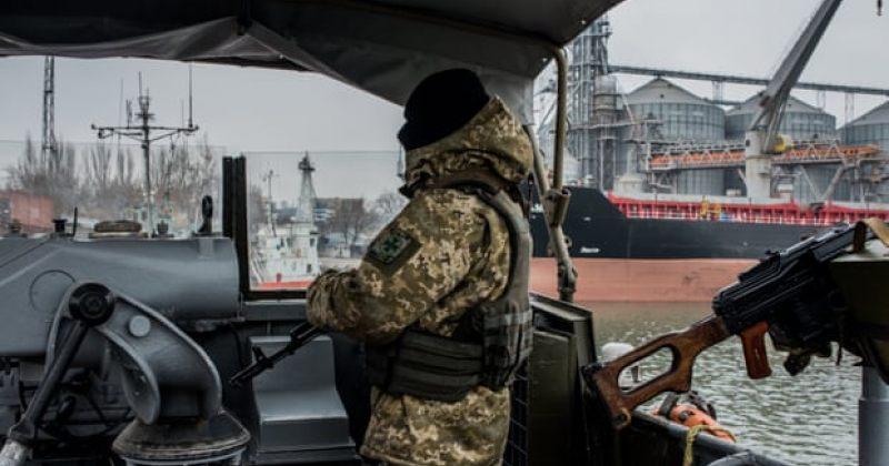 უკრაინის ინფრასტრუქტურის მინისტრი: რუსეთმა აზოვის ზღვის პორტები ბლოკადაში მოაქცია