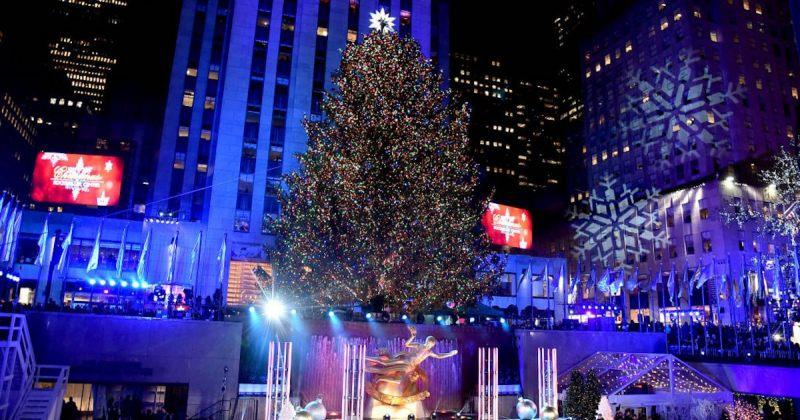 ნიუ-იორკში როკფელერის ცენტრის ნაძვის ხე გაანათეს