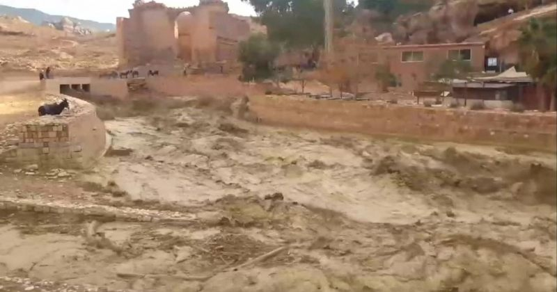 ორდანიაში წყალდიდობას 11 ადამიანი ემსხვერპლა, დაიტბორა პეტრას მიმდებარე ტერიტორია [Video]