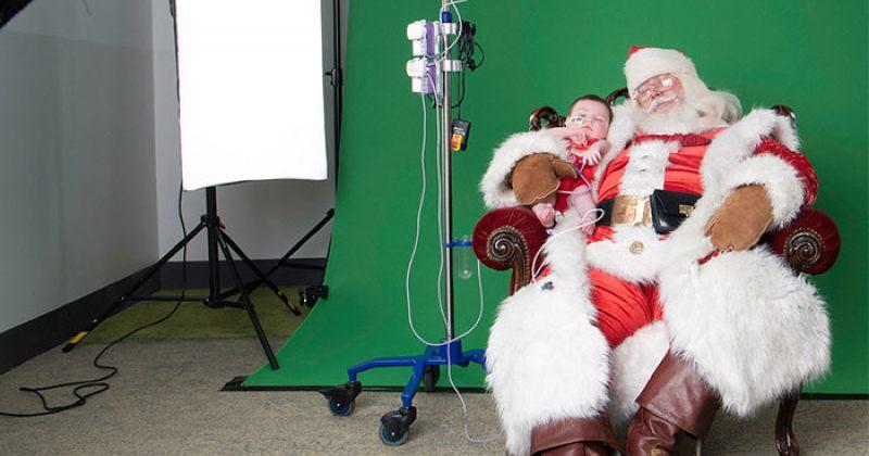 ფოტოგრაფები საავადმყოფოებში მივიდნენ და ბავშვებს საახალწლო სურათები გადაუღეს