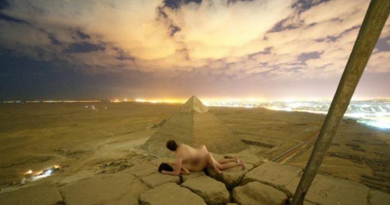 პირამიდის თავზე გადაღებულ შიშველ ფოტოზე ეგვიპტემ გამოძიება დაიწყო [Video]