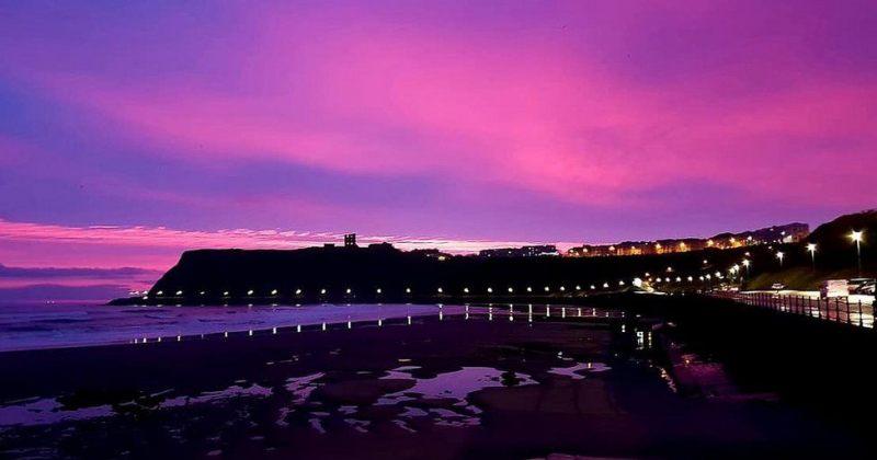 იასამნისფერი ცა და მზის ჩასვლა ინგლისში - სურათები