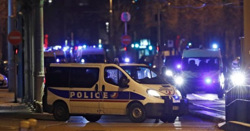ფრანგულმა პოლიციამ სტრასბურგის საშობაო ბაზრობაზე თავდამსხმელი მოკლა