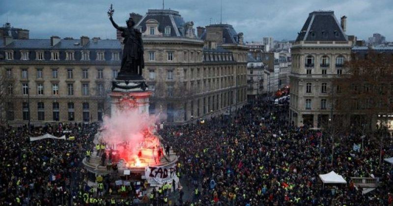 """საფრანგეთი """"ყვითელი ჟილეტების"""" აქციებში რუსეთის ჩარევას იძიებს"""