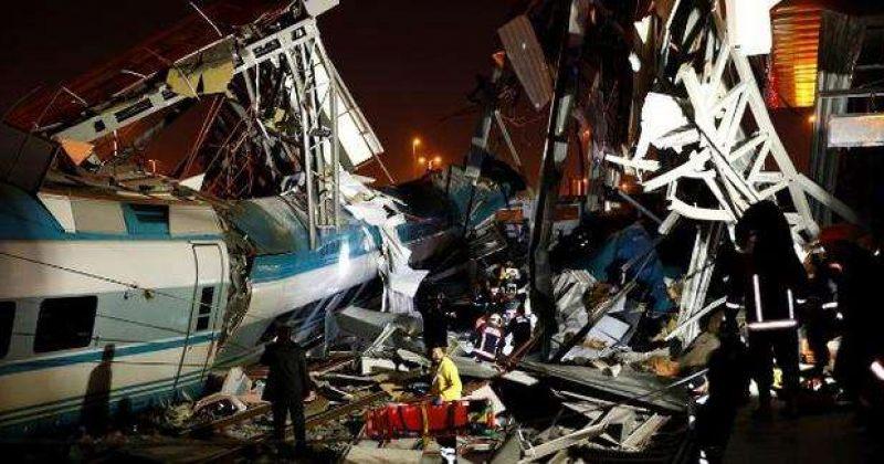 ანკარაში სარკინიგზო ავარიის შედეგად 4 ადამიანი დაიღუპა და 43 დაშავდა