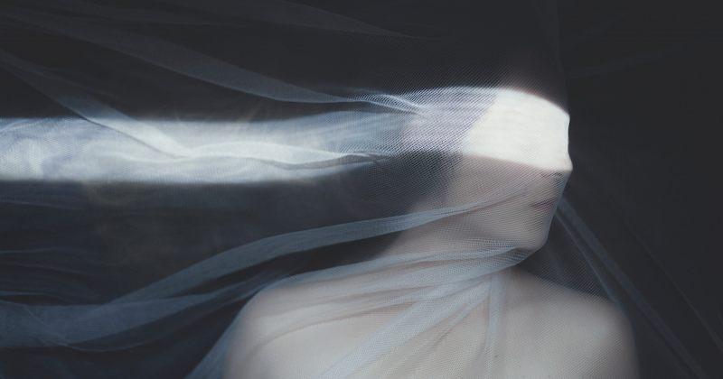 ფოტოგრაფმა მრავალწლიანი დეპრესია სურათებით წარმოაჩინა [გალერეა]