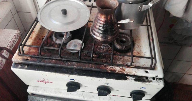 ყაზტრანსგაზი: გაზქურაზე გადმოსულმა ყავამ გაზი ჩააქრო, რის გამოც, ბუნებრივმა აირმა გაჟონა