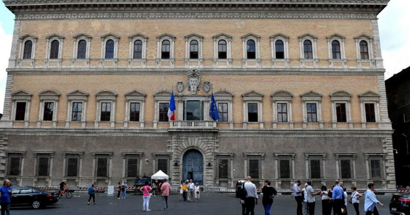 """საფრანგეთმა იტალიის პოლიტიკური ლიდერების """"უსაფუძვლო ბრალდებების"""" გამო ელჩი გაიწვია"""