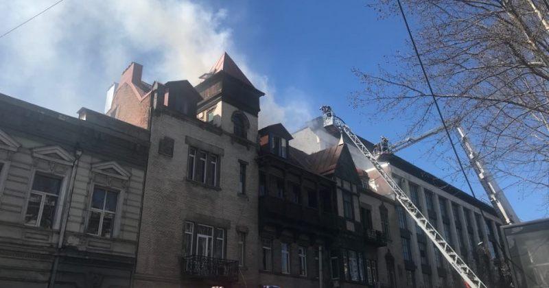კოსტავას ქუჩაზე, სასტუმროში გაჩენილი ხანძრის შედეგად არავინ დაშავებულა