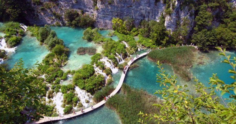 საოცარი ბუნებრივი სილამაზის მქონე ადგილები ევროპაში [ფოტოები]