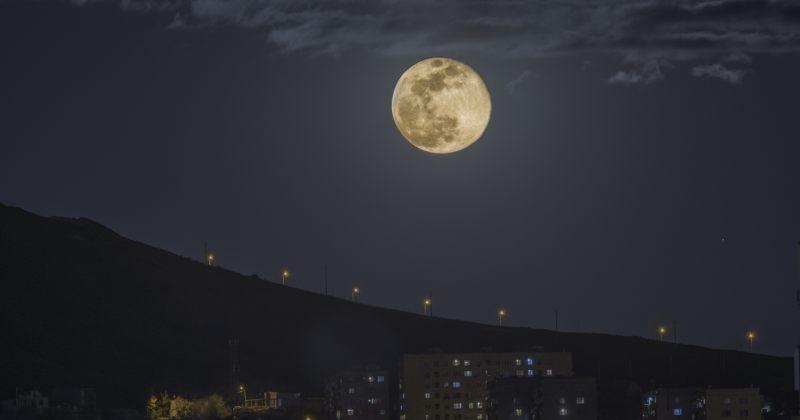 სუპერსავსე მთვარე - ქართველი ასტროფოტოგრაფის სურათი