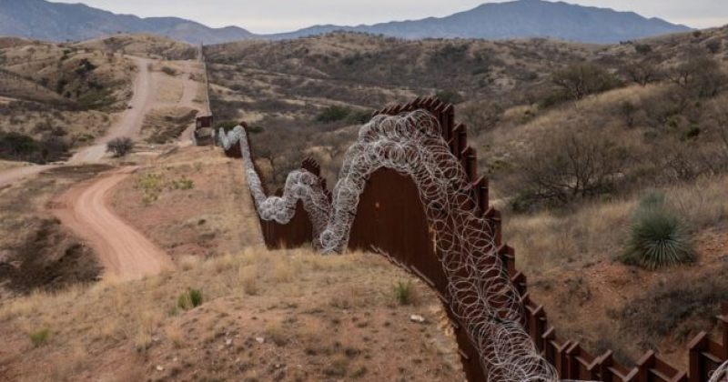 პენტაგონმა მექსიკის საზღვარზე კედლის მშენებლობისთვის $1 მილიარდი  გამოყო