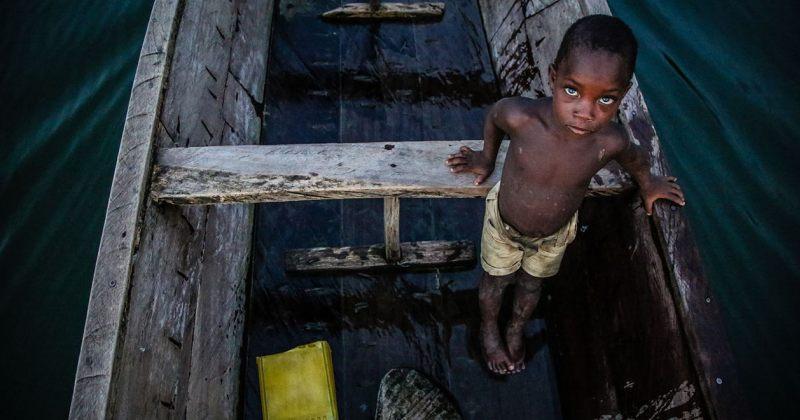 განაში მშობლების მიერ გაყიდული 20 000 ბავშვი მეთევზეებს ჰყავთ დამონებული