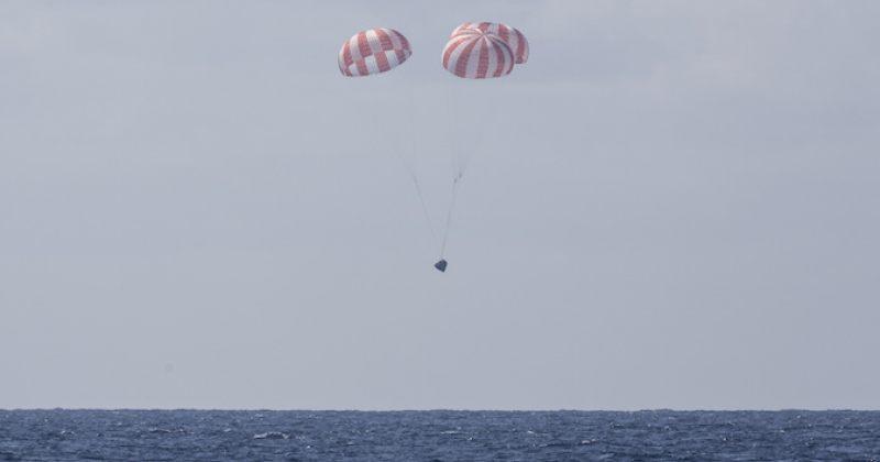 """SpaceX-ის კაფსულა """"Dragon"""" საერთაშორისო კოსმოსური სადგურიდან წარმატებით დაეშვა"""