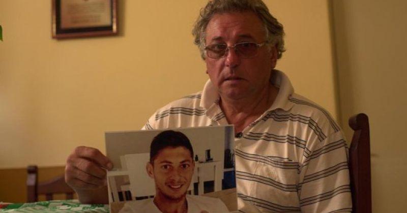 ემილიანო სალას მამა, შვილის სიკვდილიდან 3 თვის შემდეგ, გულის შეტევით გარდაიცვალა