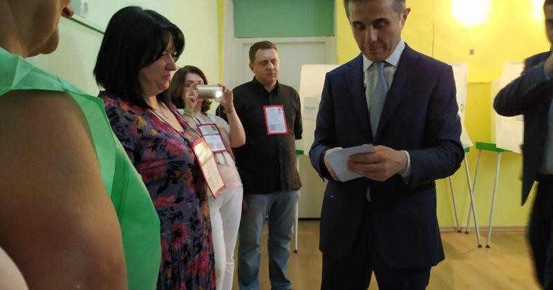 ივანიშვილი:დარწმუნებული ვარ, ქართული ოცნების კანდიდატები დიდი უპირატესობით გაიმარჯვებენ