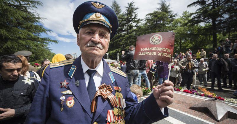 """სუს-მა """"უკვდავთა პოლკს"""" აკრძალული საბჭოთა სიმბოლოების გამოყენებაზე გაფრთხილება გაუგზავნა"""