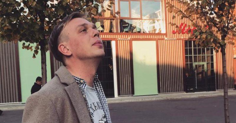 """რუსეთში დაკავებულ """"მედუზას"""" ჟურნალისტს ტვინის შერყევა და სავარაუდოდ, ნეკნის მოტეხილობა აქვს"""