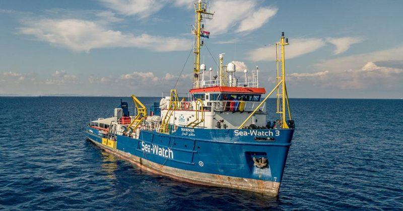იტალია გემის მიღებაზე ამბობს უარს, რომელმაც ხმელთაშუა ზღვაში 53 მიგრანტი გადაარჩინა