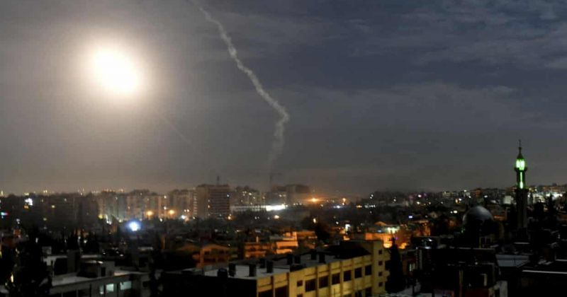 სირიული მედიის მიხედვით ისრაელის სარაკეტო თავდასხმას 4 ადამიანი ემსხვერპლა, დაიჭრა 21
