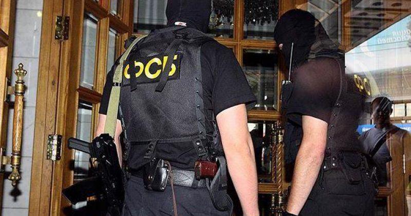 მოსკოვში ძარცვის ბრალდებით ФСБ-ს 7 თანამშრომელი დააკავეს