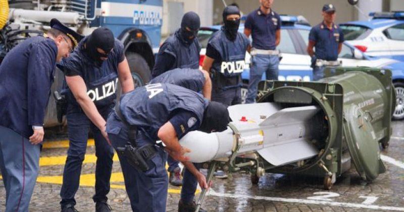 იტალიის პოლიციამ ულტრა-მემარჯვენე ექსტრემისტულ ჯგუფზე რეიდისას რაკეტა ამოიღო