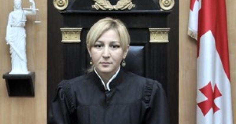 ჯანეზაშვილი და დოლიძე: ილონა თოდუას უზენაესის მოსამართლეობის უფლება არ აქვს