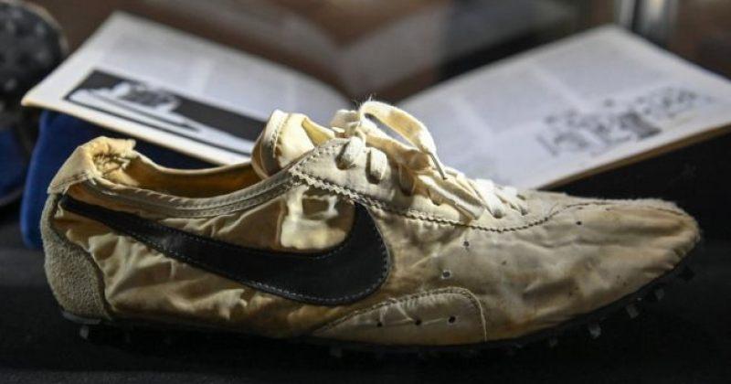 Nike-ის უიშვიათესი სარბენი ფეხსაცმელი სოთბის აუქციონზე 437 ათას დოლარად გაიყიდა