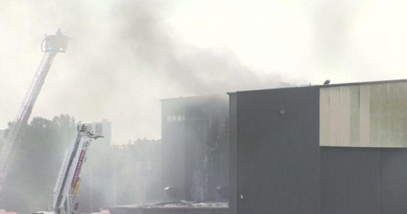 ტეხასში კერძო თვითმფრინავი აეროპორტის ერთ-ერთ შენობას დაეჯახა. დაიღუპა 10 ადამიანი