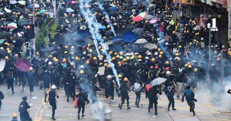 ჰონგ-კონგში აქციის მონაწილეებსა და პოლიციას შორის შეტაკება მოხდა