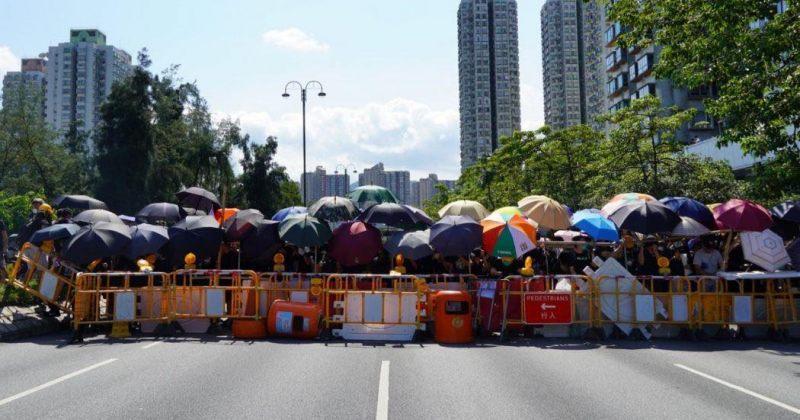 ჰონგ-კონგში გაფიცვაა, პოლიციამ ცრემლსადნი გაზი გამოიყენა [VIDEO]