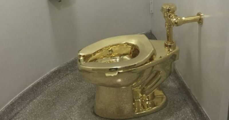 ბლენჰეიმის სასახლიდან 18-კარატიანი ოქროს უნიტაზი მოიპარეს