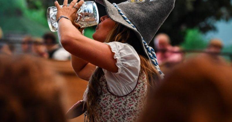 ოქტომბერფესტი - მიუნხენში ტრადიციული ლუდის ფესტივალი დაიწყო [ფოტოები]