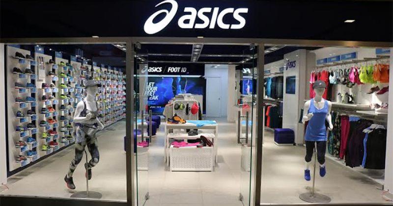 ASICS-მა მაღაზიის ეკრანზე სარეკლამო ვიდეოს ნაცვლად შემთხვევით პორნო გაუშვა