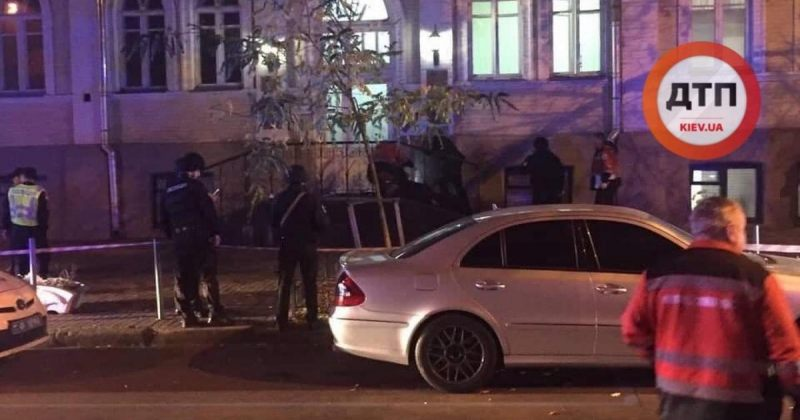 კიევის ცენტრში ყუმბარა აფეთქდა - დაიღუპა 2 ადამიანი