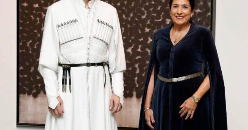საქართველოს პრეზიდენტი და დესპანი იაპონიის იმპერატორის ინტრონიზაციის ცერემონიაზე