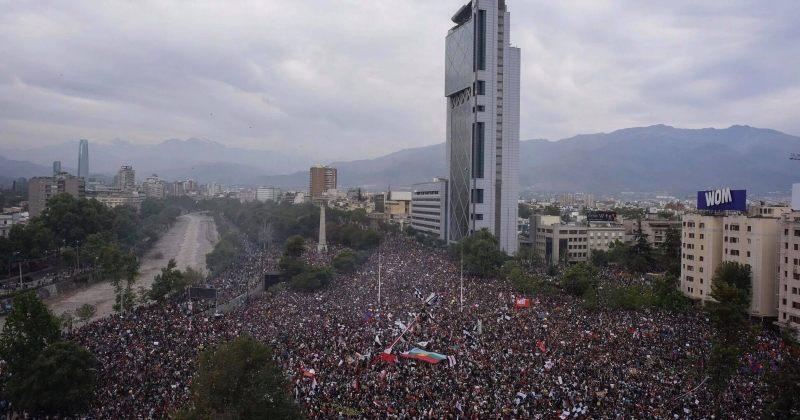ჩილეში მთავრობის საწინააღმდეგო აქციებს 1 მილიონზე მეტი ადამიანი შეუერთდა [VIDEO]