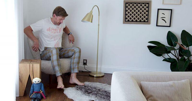 ჯეიმი ლანისტერის შემსრულებელს, ნიკოლაი ვალდაუს, სახლში ბრიენა ტარტის თოჯინა აქვს