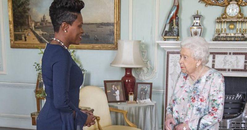 ბრიტანეთის დედოფალმა თავისი ოთახიდან პრინცი ჰარის და მეგან მარკლის სურათი აიღო