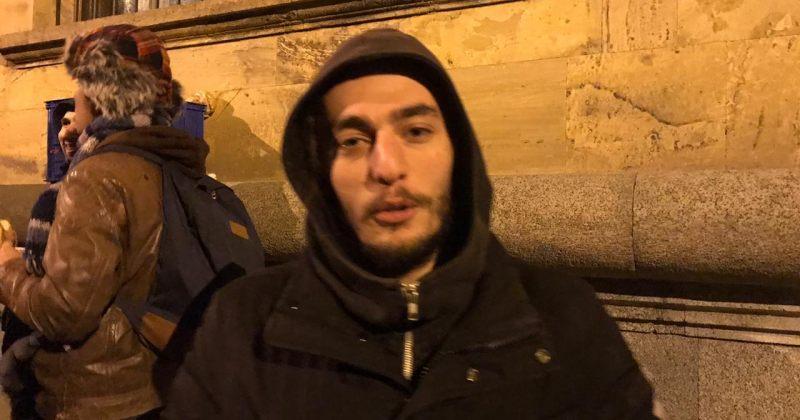 პატიმრობიდან გათავისუფლებული ზუკა ბერძენიშვილი აქციაზე მივიდა