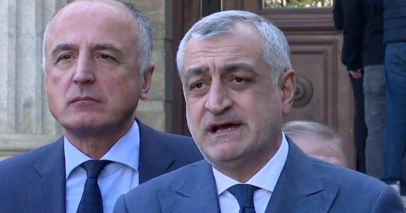 ხაზარაძე: სახელმწიფო 500 მილიონით აფინანსებს ქვეშეთი-კობის გზას, რაც რუსეთის ინტერესში შედის