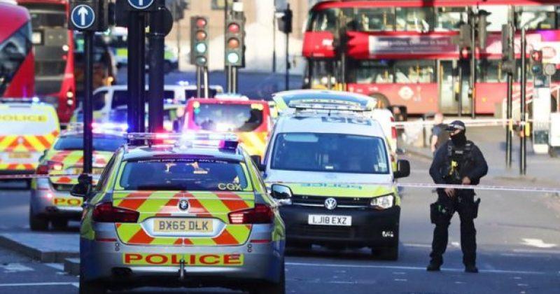 ლონდონში ტერორისტული თავდასხმის შედეგად 2 ადამიანი დაიღუპა, თავდამსხმელი მოკლულია