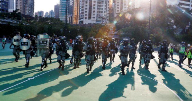 ჰონგ-კონგში ანტისამთავრობო გამოსვლების დაშლისას 30 ადამიანი დაშავდა
