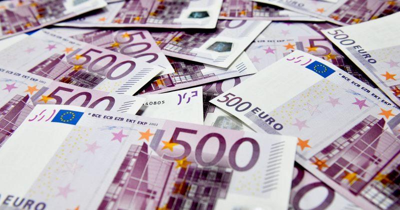 გაუფასურების ახალი რეკორდი 1 ევროს ღირებულება 4 ლარს აღემატება