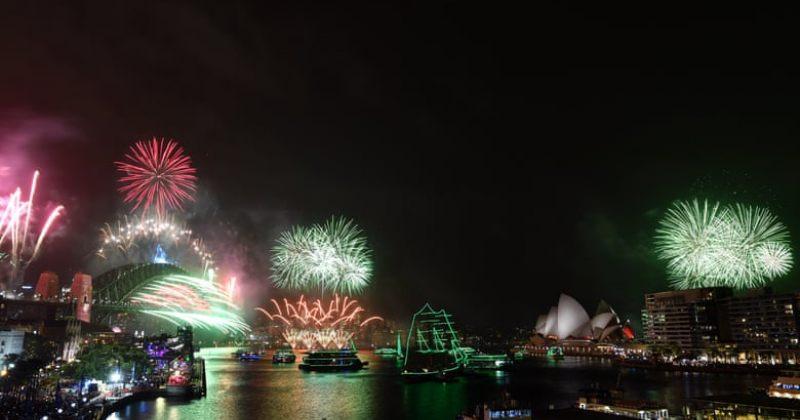 ავსტრალიაში, ახალ ზელანდიასა და იაპონიაში ახალი წლის დადგომა უკვე აღნიშნეს [ფოტოები/ვიდეო]