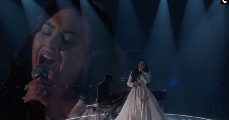 დემი ლოვატომ Grammy 2020-ის სცენაზე ახალი სიმღერის  წარდგენისას იტირა  (ვიდეო)