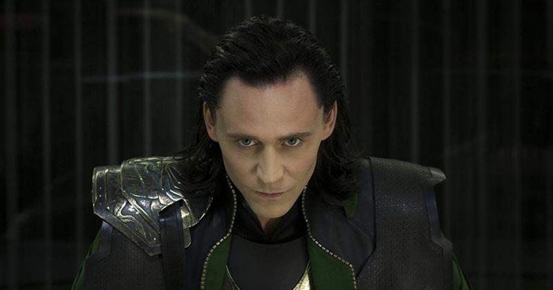 ტომ ჰიდლსტონი სერიალის Loki გადაღებისას სახით დაეცა (VIDEO)