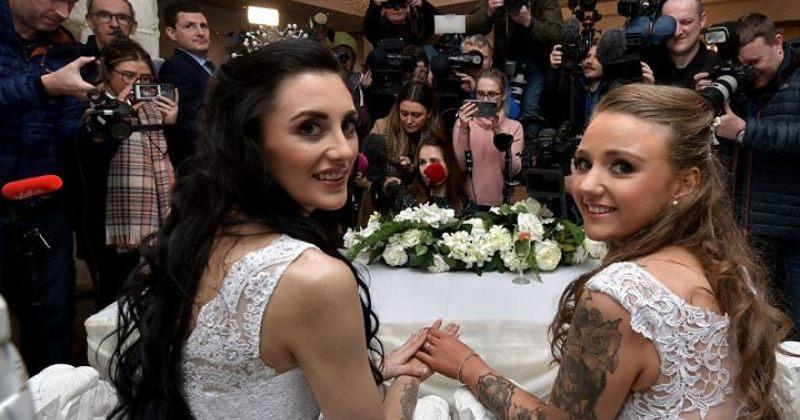 ჩრდილოეთ ირლანდიაში პირველი ერთნაირსქესიანთა ქორწინება შედგა - ფოტოები