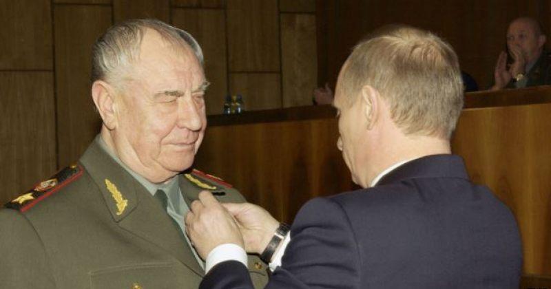 სსრკ-ის ბოლო თავდაცვის მინისტრი დიმიტრი იაზოვი 25 თებერვალს მოკვდა